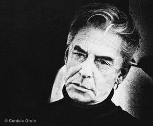 Headshot Portrait von Herbert von Karajan, 19XX